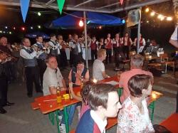 MV Harmonie Tennenbronn beim Dorfbesen in Locherhof_15